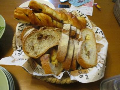 010809くるみパン等