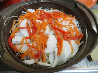 010810鶏肉と野菜の蒸し煮1