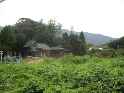 010830裸になった神社