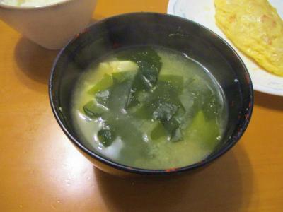 010920ワカメと豆腐の味噌汁