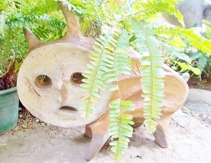 犬の植木鉢です