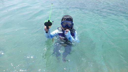 奥武島で泳ぎ釣り (3)