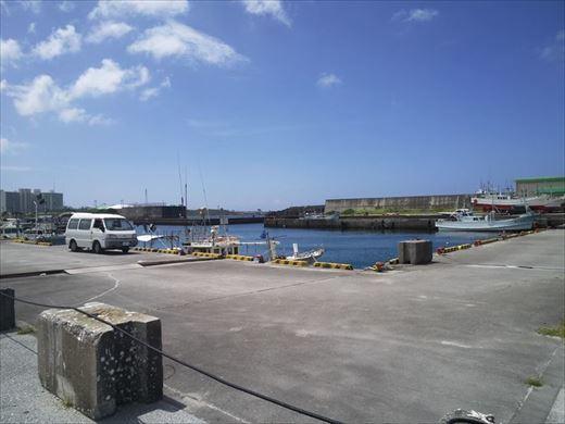 宜野湾漁港へ (9)_R