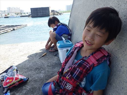 宜野湾漁港へ (19)_R