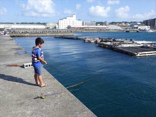 宜野湾漁港へ (24)_R