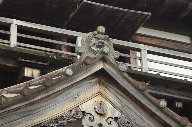 丸岡城の鬼瓦