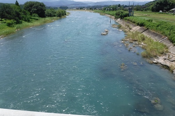 ①川辺川中流1740:156kb