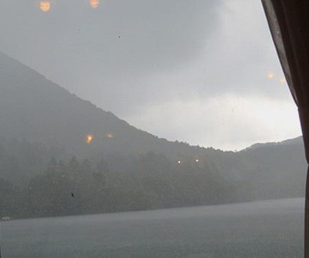 0730雷雨 サイズ変