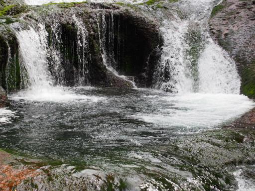 20190623・横谷渓谷2-01・おしどり隠しの滝