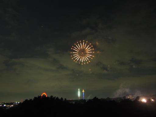 20190812・西武園花火最終日2-24・後半へ、続く・・・。^±^ノ