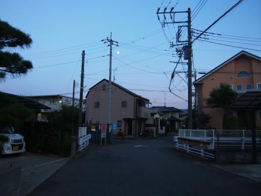 20190812・西武園花火最終日1-17・不動尊の先を左折