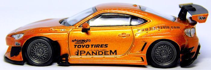 イグニッションモデル 1/64 PANDEM トヨタ 86 V3 オレンジメタリック