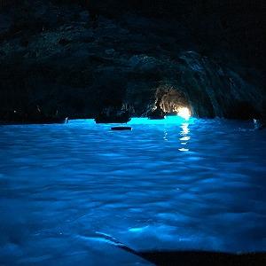 青の洞窟の中の様子