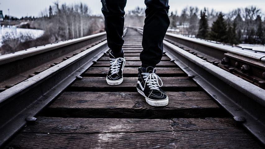 shoes-1245920__480.jpg