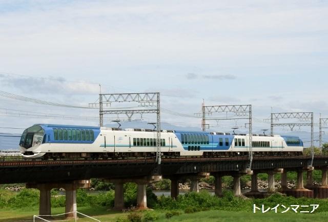 しまかぜなどを近鉄京都線木津川橋梁で撮る - トレインマニア2