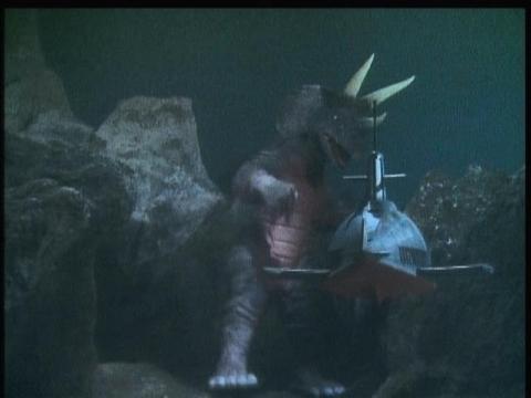 三本角怪獣 ドリゴン