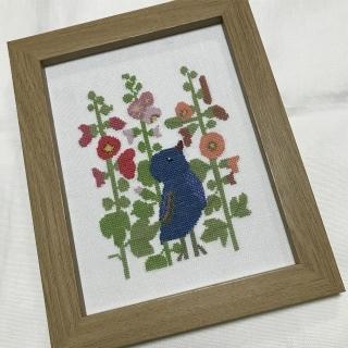 2タチアオイと青い鳥