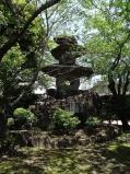 12:28 鳥濱トメさん顕賞の碑