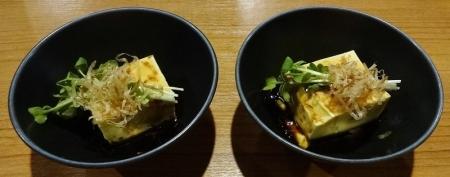 お通し 500円×2 ピーナッツ豆腐?