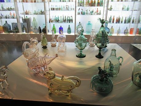 グラス美術館展示3