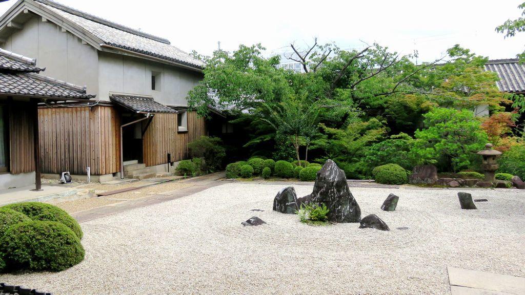 ⑪中西邸の庭園