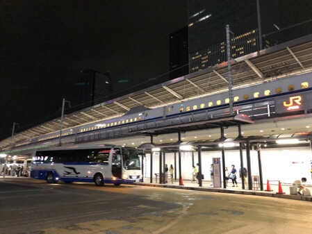 夜行バスの旅