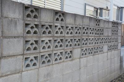 規則性の見えない花ブロック