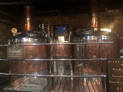 店内の醸造タンク