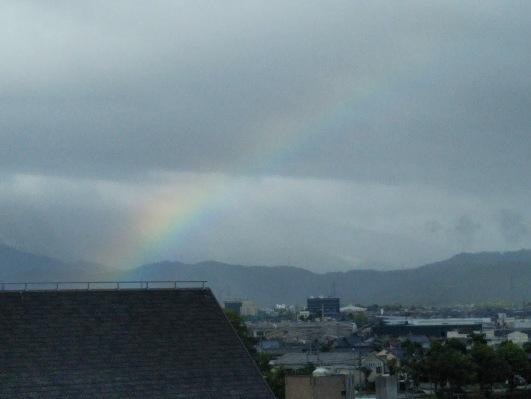 琵琶湖でみた虹
