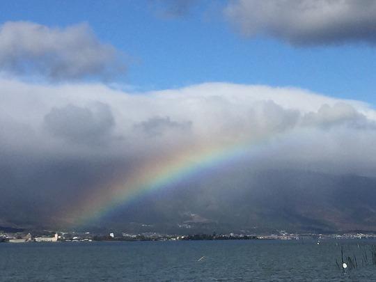 10琵琶湖の虹