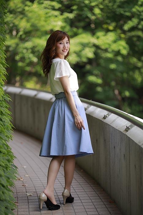 彩音:青いスカート
