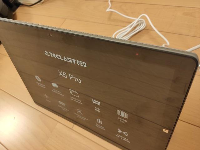 Teclast X6 Proの充電ケーブル接続あと表OKな写真