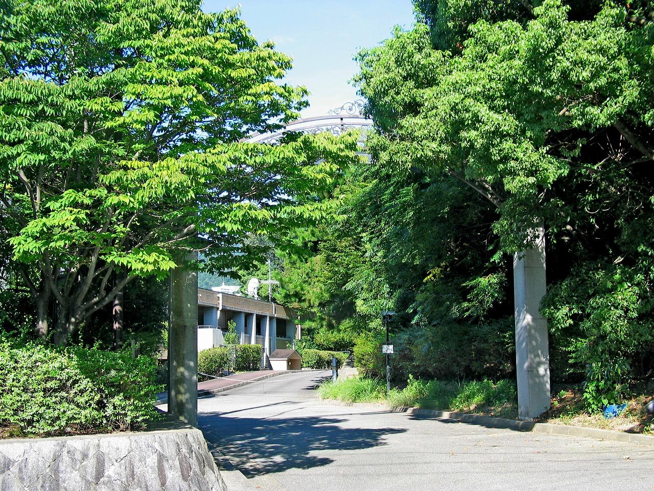 桜町山荘01