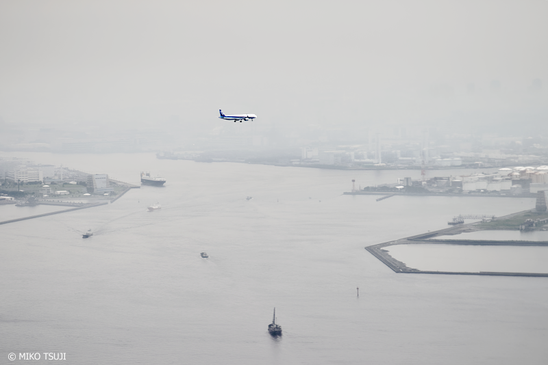 絶景探しの旅 - 1062 モノクロームの世界を飛ぶ (東京湾上空)