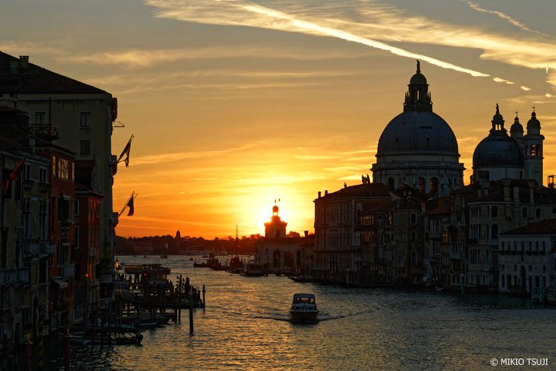 絶景探しの旅 -0934 朝日のサン・ジョルジョ・マッジョーレ聖堂 (イタリア ベネチア)