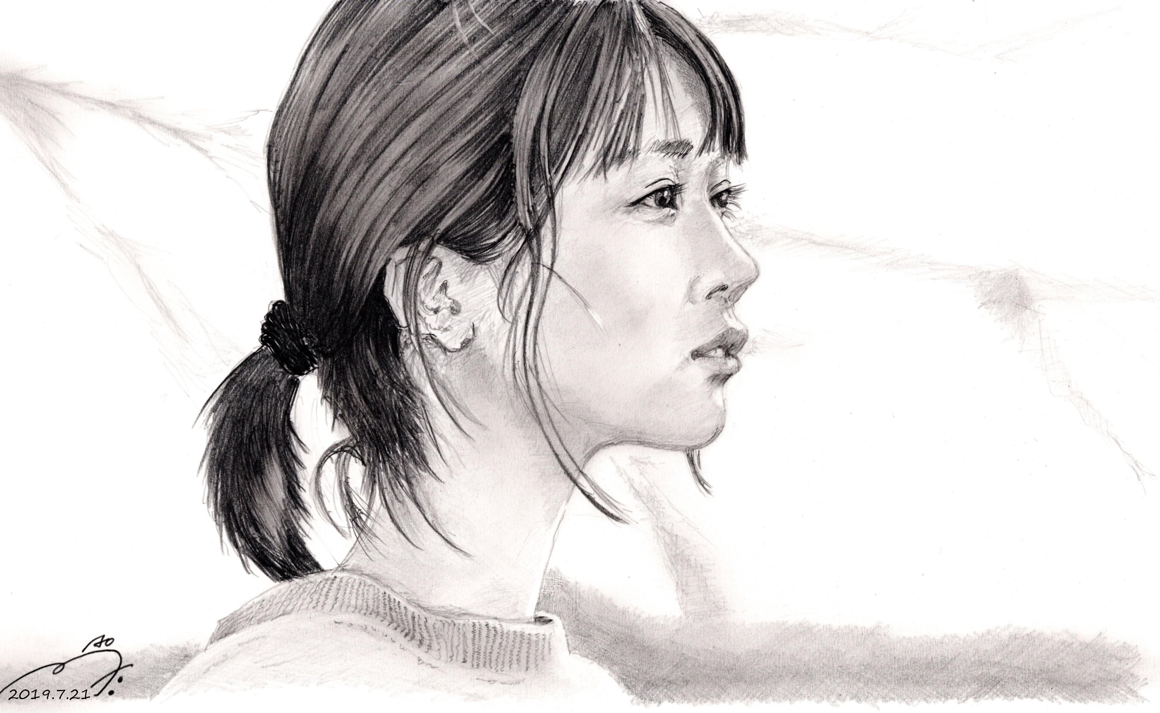 松本穂香鉛筆画似顔絵